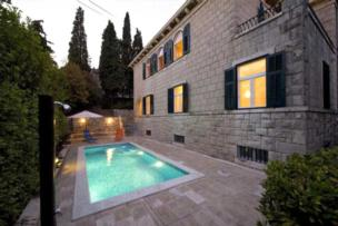 Private accommodation - villa Split 8321