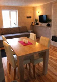 Pardi Homestay - Apartment mit Sauna