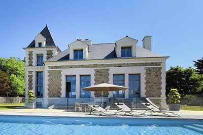 Villa of the day