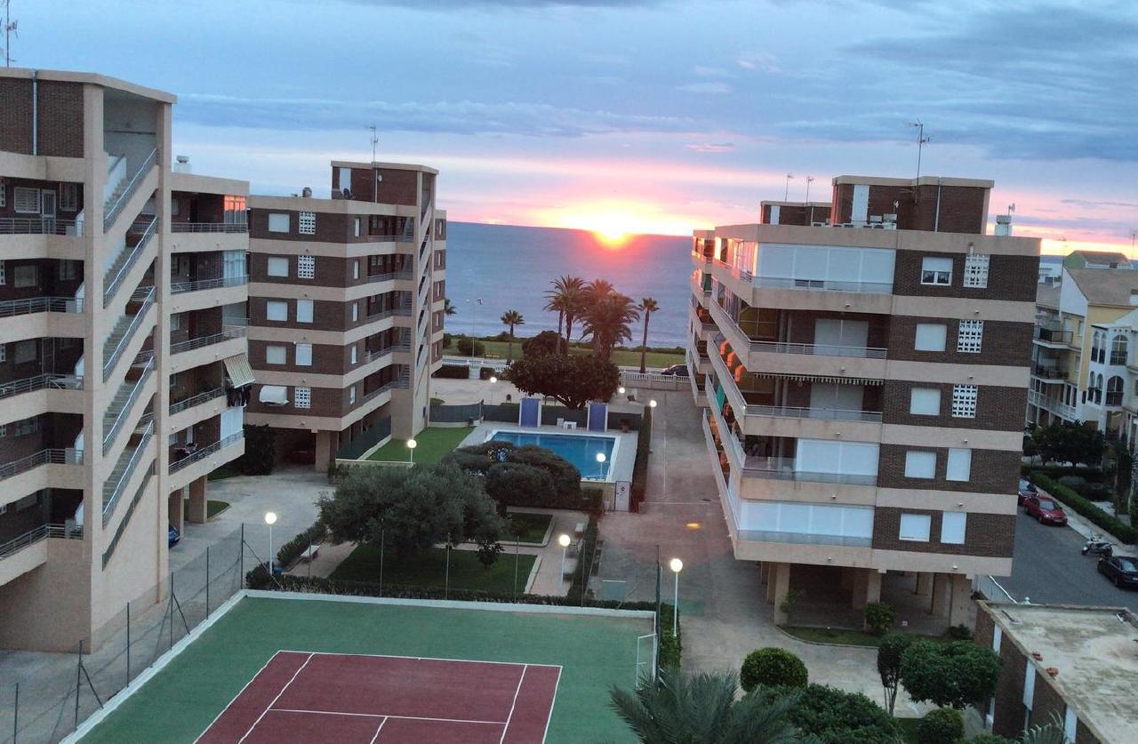 Appartement de vacances Sonnige 3.5 Zi-Wohnung am Meer (1026876), Torrevieja, Costa Blanca, Valence, Espagne, image 1