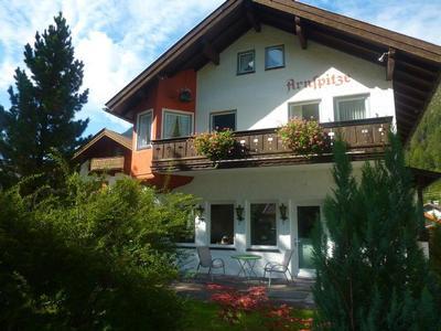 Ferienwohnung Haus Arnspitze (1117113), Mittenwald, Zugspitzregion, Bayern, Deutschland, Bild 2