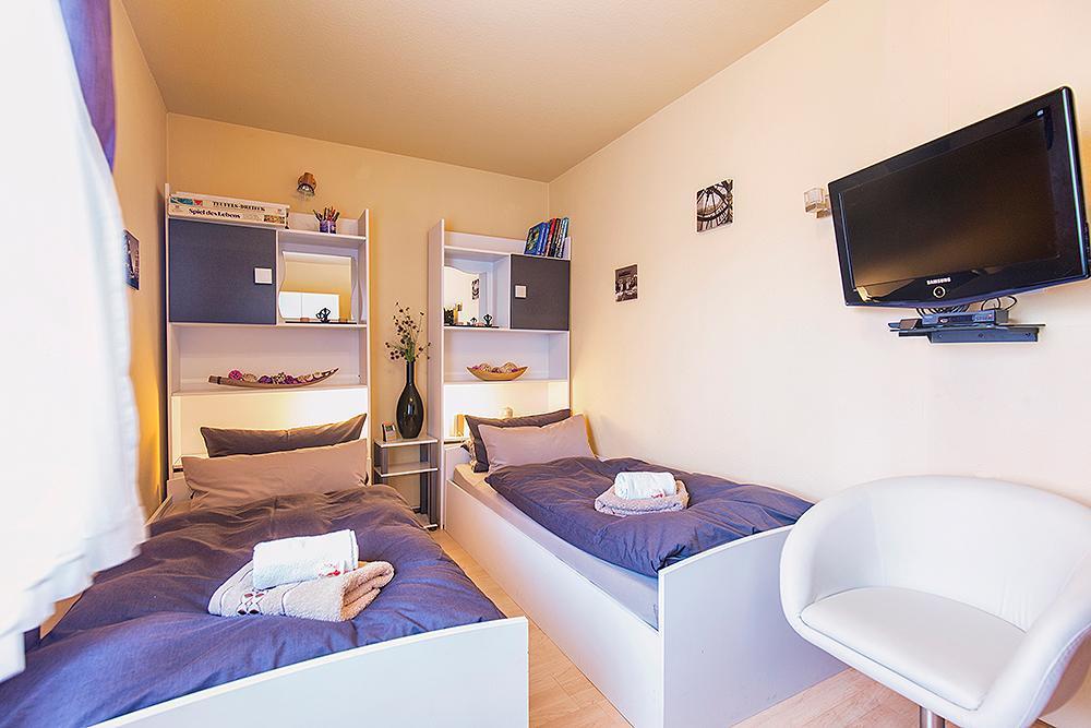 Ferienhaus 4 Sterne Ferienwohnung (130 m²) mit 4 Schlafzimmern Nähe Limburg-Rheingau-Taunus-Westerwal (1119510), Hünfelden, Taunus, Hessen, Deutschland, Bild 14