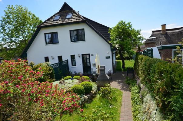 Ferienhaus Haus Seeadler (127694), Groß Zicker, Rügen, Mecklenburg-Vorpommern, Deutschland, Bild 1