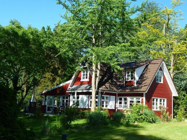 Exklusives Schwedenhaus am See, Badesteg & Boo Ferienwohnung in Deutschland
