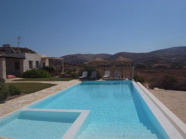 Holiday house Naousa, Familienhaus (2-10 Pers.), privater Pool, ruhig und zentral (1569599), Paros, Paros, Cyclades, Greece, picture 1