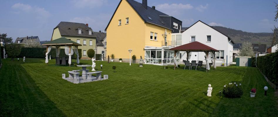 Ferienwohnung Gästehaus Edith **** (168620), Trittenheim, Mosel-Saar, Rheinland-Pfalz, Deutschland, Bild 2