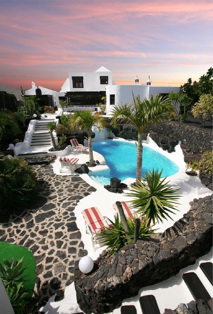 Holiday house CASA TEIGA LUNA 3 SCHLAFZIMMER VILLA MIT POOL UND TERASSE (1682022), Tahiche, Lanzarote, Canary Islands, Spain, picture 13