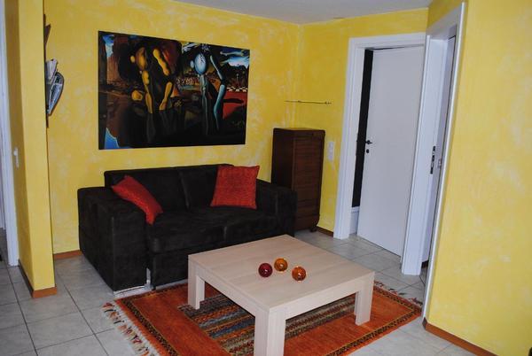 sch ne und ruhige 2 zimmer gartenwohnung mit seesicht und whirlpool in vairano san nazzaro. Black Bedroom Furniture Sets. Home Design Ideas