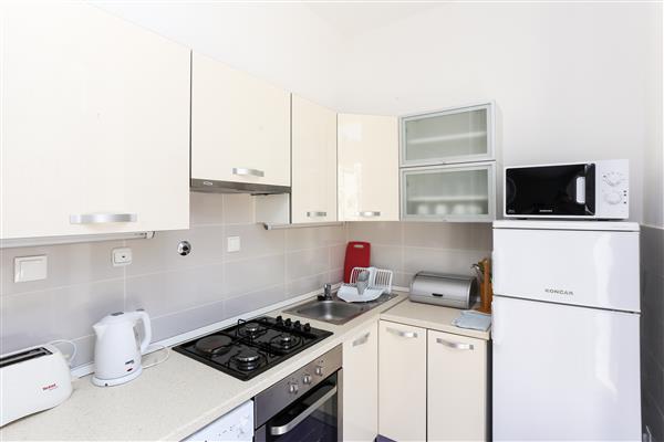 Ferienwohnung Apartments Van Gogh - Two Bedroom Apartment with Terrace (1750246), Dubrovnik, , Dalmatien, Kroatien, Bild 3