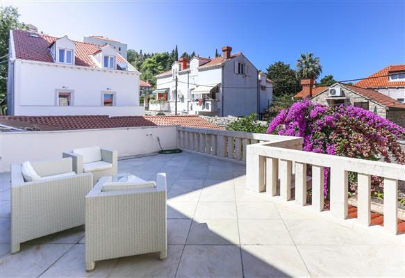 Ferienwohnung Apartments Van Gogh - Two Bedroom Apartment with Terrace (1750246), Dubrovnik, , Dalmatien, Kroatien, Bild 11