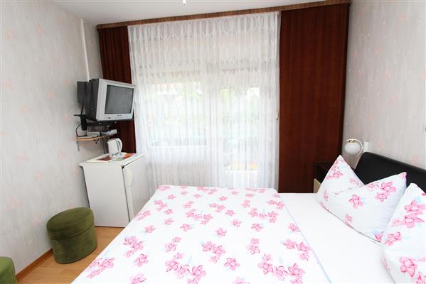 Holiday apartment STEFAN Double Room with Balcony 2 (1750561), Rovinj, , Istria, Croatia, picture 6