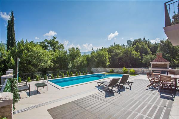 Ferienhaus Villa Anita - Six Bedroom Villa with Private Pool and Terrace (1751006), Gruda, , Dalmatien, Kroatien, Bild 7