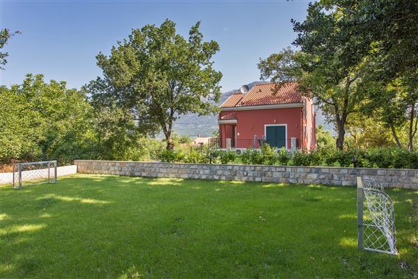 Ferienhaus Villa Anita - Six Bedroom Villa with Private Pool and Terrace (1751006), Gruda, , Dalmatien, Kroatien, Bild 26