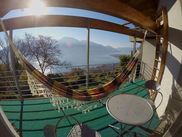 casa laura brione sopra minusio ascona locarno und. Black Bedroom Furniture Sets. Home Design Ideas