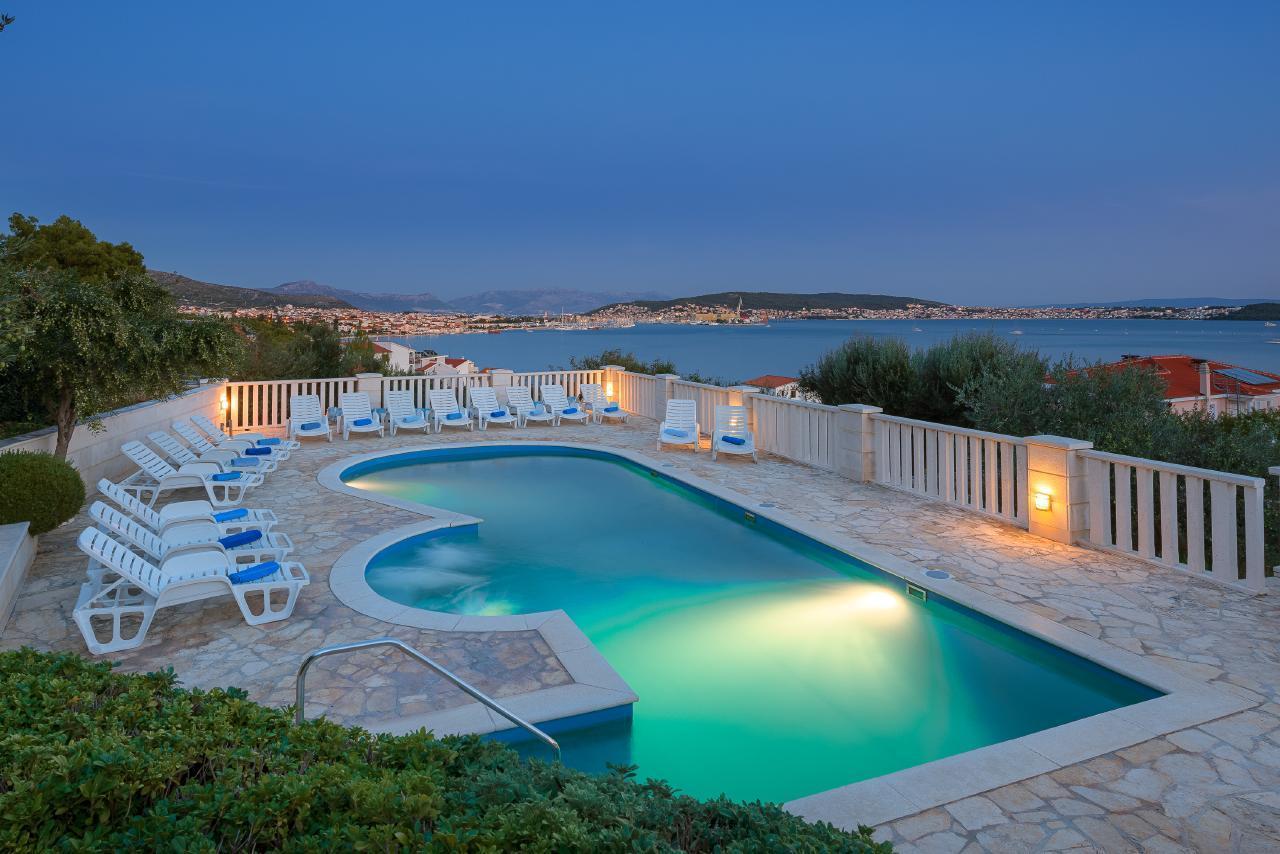 AWARD WINNER Eco Friendly Hotel of the Year 2017 Croatia APT No 3