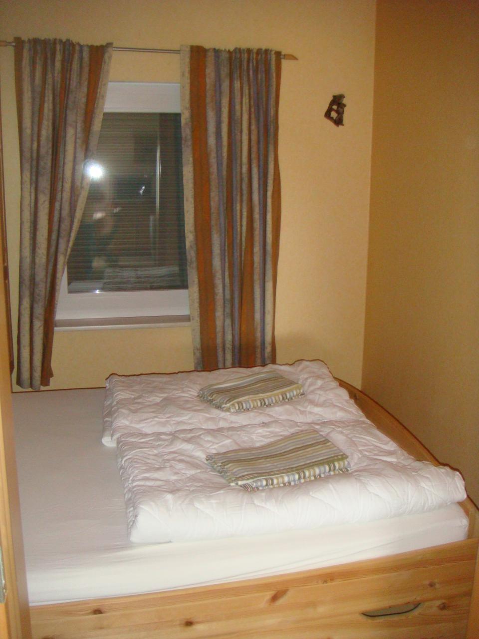 Doppelbett-Schlafraum