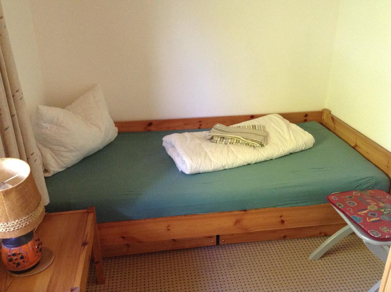 Einzelbett-Schlafzimmer (90x200 cm)