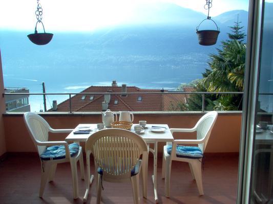 Holiday apartment ... die Ruhe über der Stadt geniessen ... Il Réduit alle Rascane Orselina, Terrazza (192973), Orselina, Lake Maggiore (CH), Ticino, Switzerland, picture 3