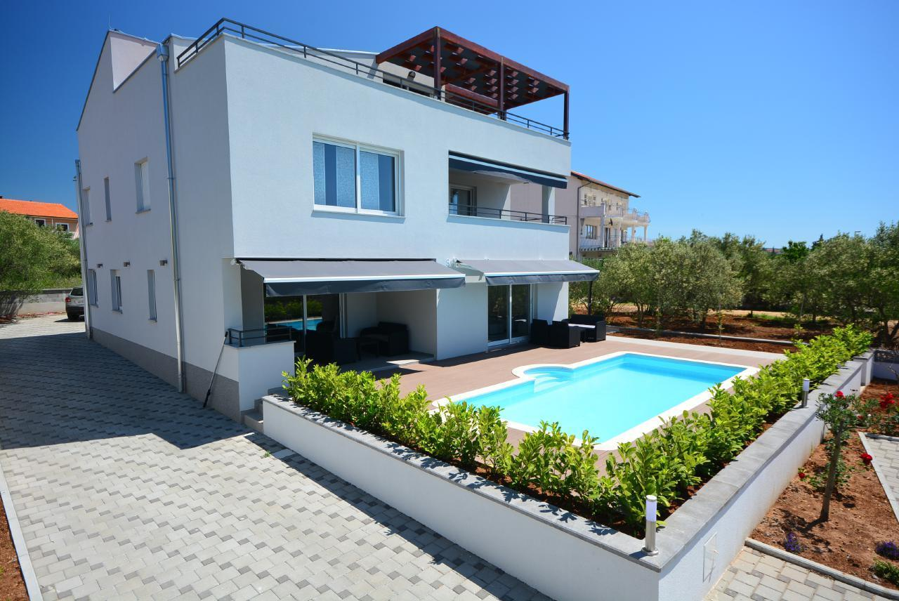 Ferienwohnung Appartement 1 mit Swimmingpool (1920207), Turanj, , Dalmatien, Kroatien, Bild 1