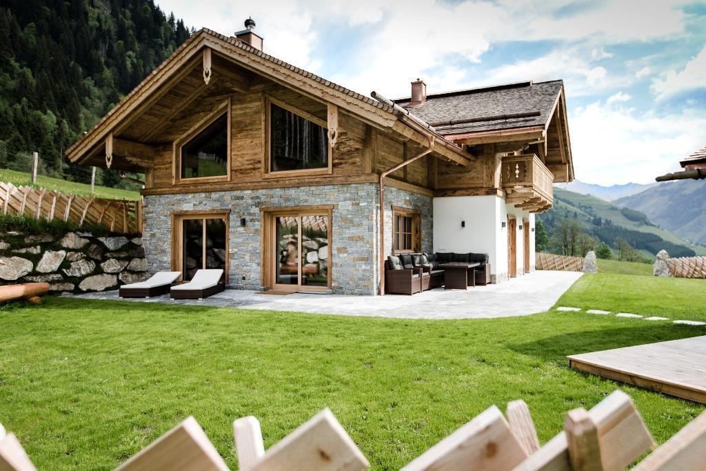 Freistehendes Luxus Chalet inmitten der Natur mit  Ferienhaus in Österreich