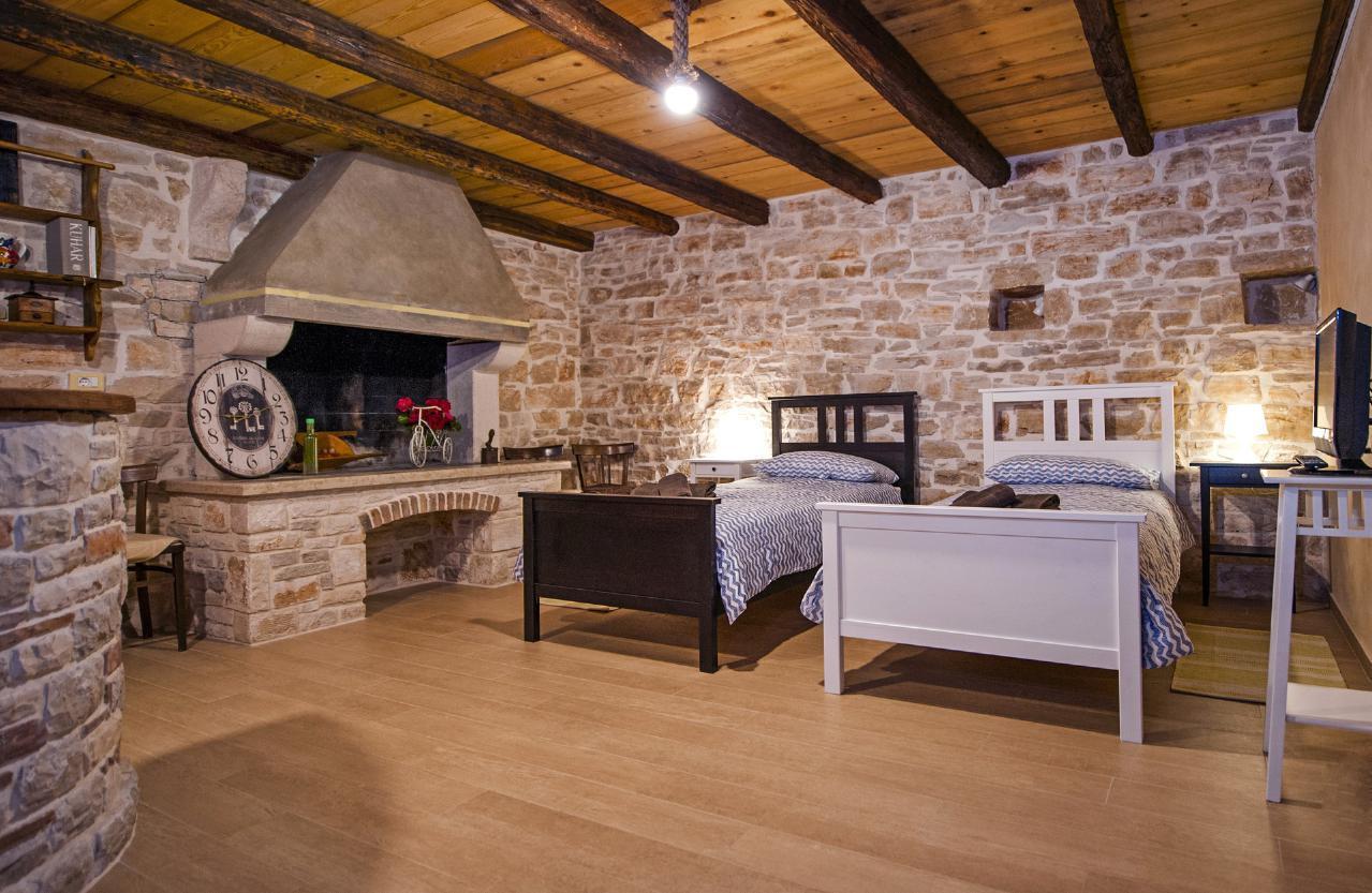 Maison de vacances Luxuriöse Villa Tomani mit Pool und Grill, geeignet für 10 Personen - Rabat 10/09 - 16/12/ (1932348), Krmed, , Istrie, Croatie, image 25