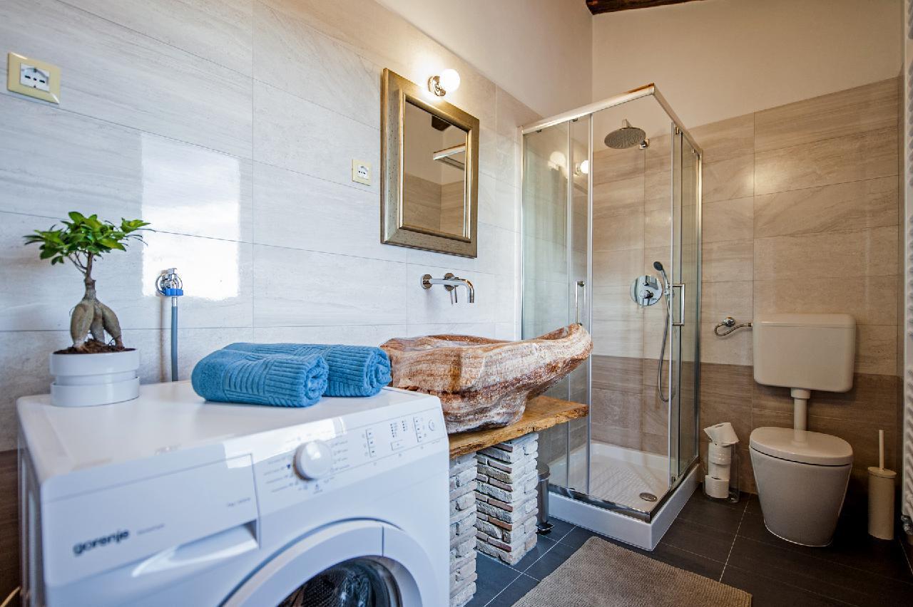 Maison de vacances Luxuriöse Villa Tomani mit Pool und Grill, geeignet für 10 Personen - Rabat 10/09 - 16/12/ (1932348), Krmed, , Istrie, Croatie, image 24