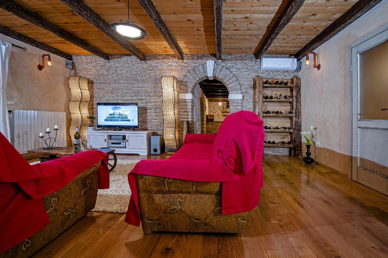 Maison de vacances Luxuriöse Villa Tomani mit Pool und Grill, geeignet für 10 Personen - Rabat 10/09 - 16/12/ (1932348), Krmed, , Istrie, Croatie, image 14