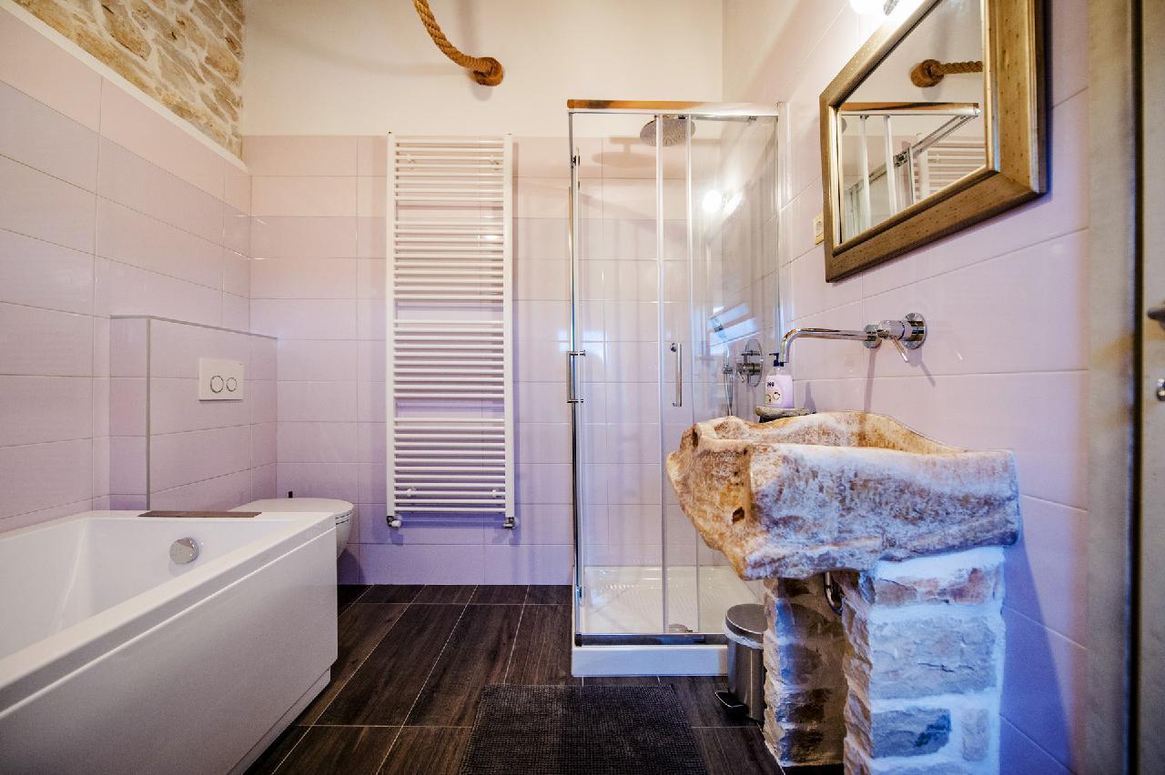 Maison de vacances Luxuriöse Villa Tomani mit Pool und Grill, geeignet für 10 Personen - Rabat 10/09 - 16/12/ (1932348), Krmed, , Istrie, Croatie, image 16