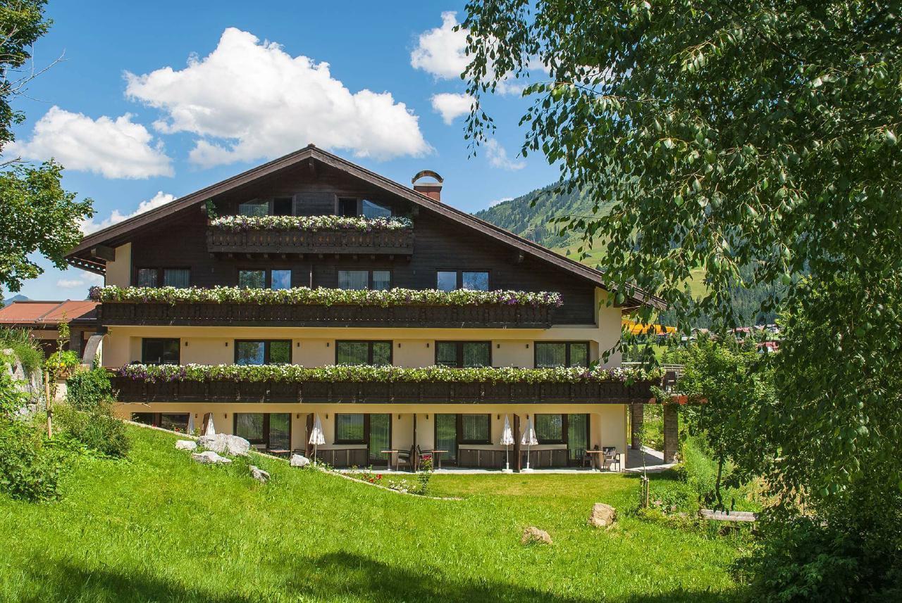 Maison de vacances Willkommen in Ihrem Boutique Chalet Herzhof - Mitten in den Alpen (1965000), Riezlern (AT), Kleinwalsertal, Vorarlberg, Autriche, image 1