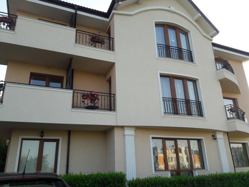 Wohnung an der Küste in der Stadt Byala Varna Bulgarien