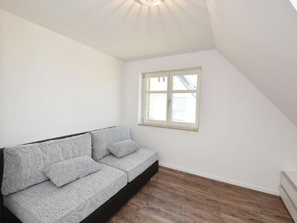 ferienhaus lobbe mit kamin f r bis zu 8 personen mieten. Black Bedroom Furniture Sets. Home Design Ideas