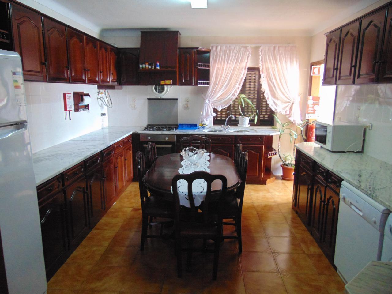 Ferienwohnung Casa da Sogra -  Haus im 1. Stock mit 3 Schlafzimmern und direktem Zugang von außen (2008671), Fajãzinha, Flores, Azoren, Portugal, Bild 2