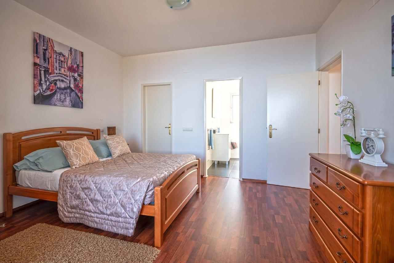 Ferienhaus Villa Saint Petersburg - von Holiday Rental Madeira (2011843), Santa Cruz, , Madeira, Portugal, Bild 32