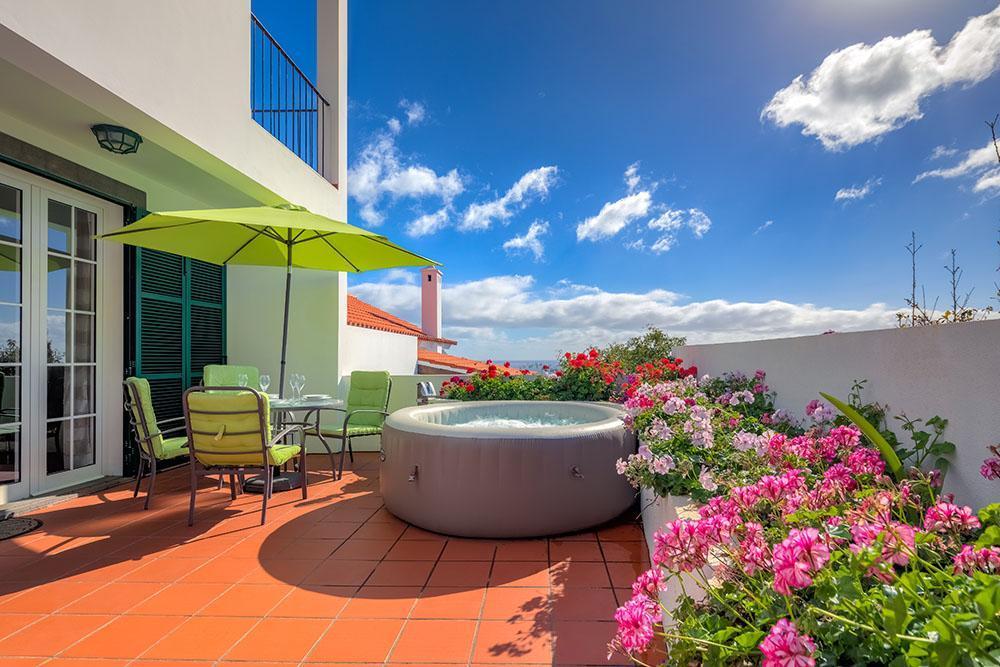 Ferienhaus Villa Ponta da Atalaia - von Holiday Rental Madeira (2011847), Santa Cruz, , Madeira, Portugal, Bild 1