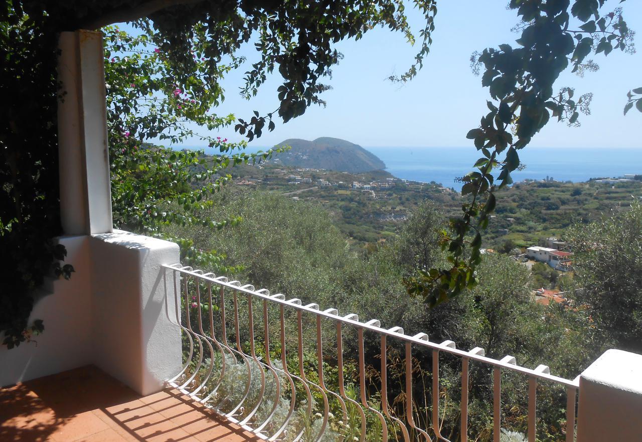 Maison de vacances Ferienhaushälfte Solandra auf sizilianischer Insel mit atemberaubenden Meeres-Rundblick (2038046), Lipari, Lipari, Sicile, Italie, image 5