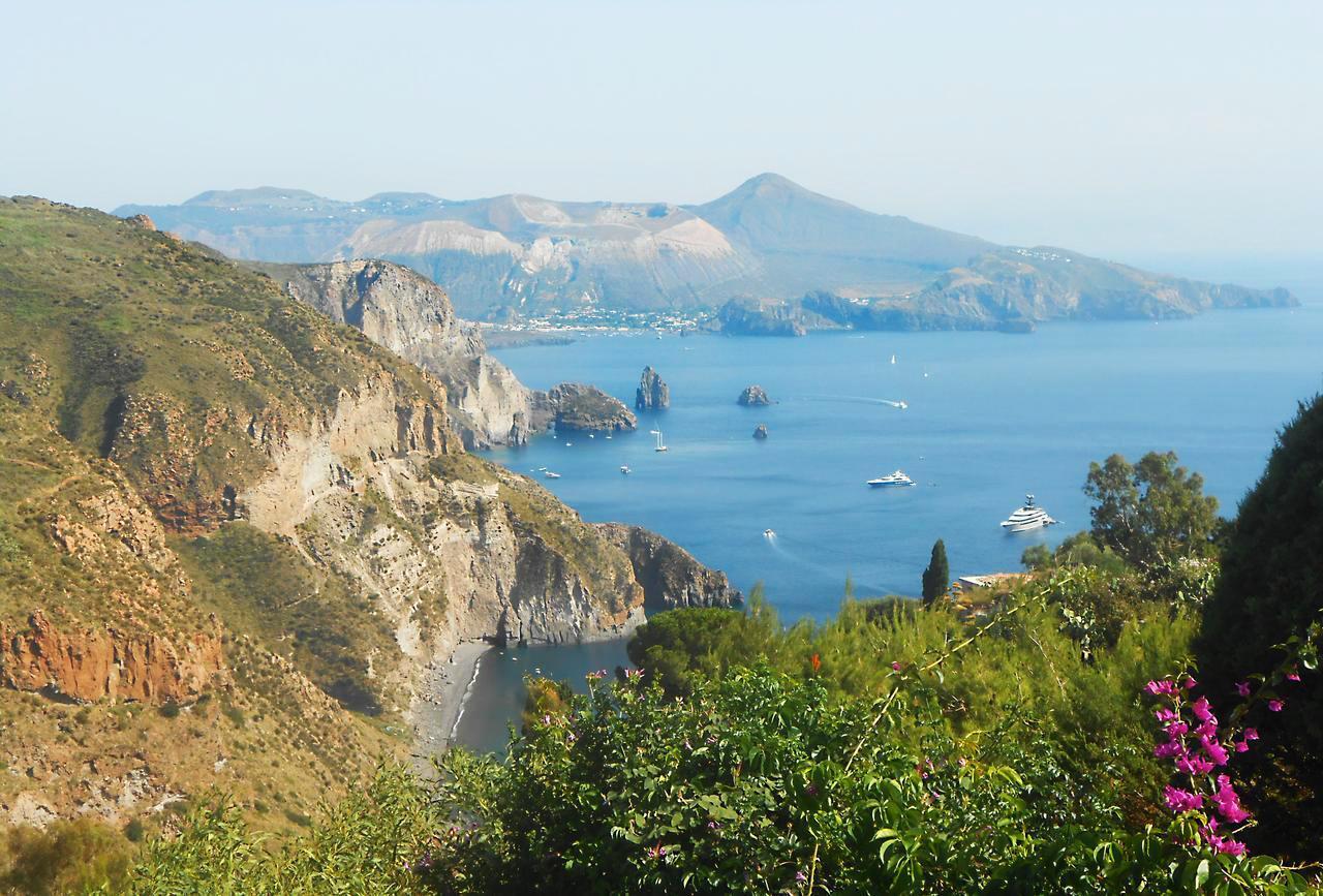 Maison de vacances Ferienhaushälfte Solandra auf sizilianischer Insel mit atemberaubenden Meeres-Rundblick (2038046), Lipari, Lipari, Sicile, Italie, image 59