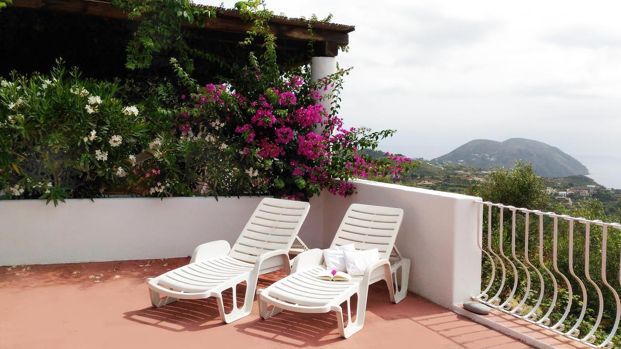 Maison de vacances Ferienhaushälfte Oleandro auf sizilianischer Insel mit atemberaubenden Meeres-Rundblick (2045159), Lipari, Lipari, Sicile, Italie, image 8