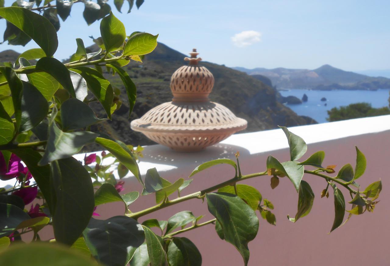 Maison de vacances Ferienhaushälfte Oleandro auf sizilianischer Insel mit atemberaubenden Meeres-Rundblick (2045159), Lipari, Lipari, Sicile, Italie, image 6