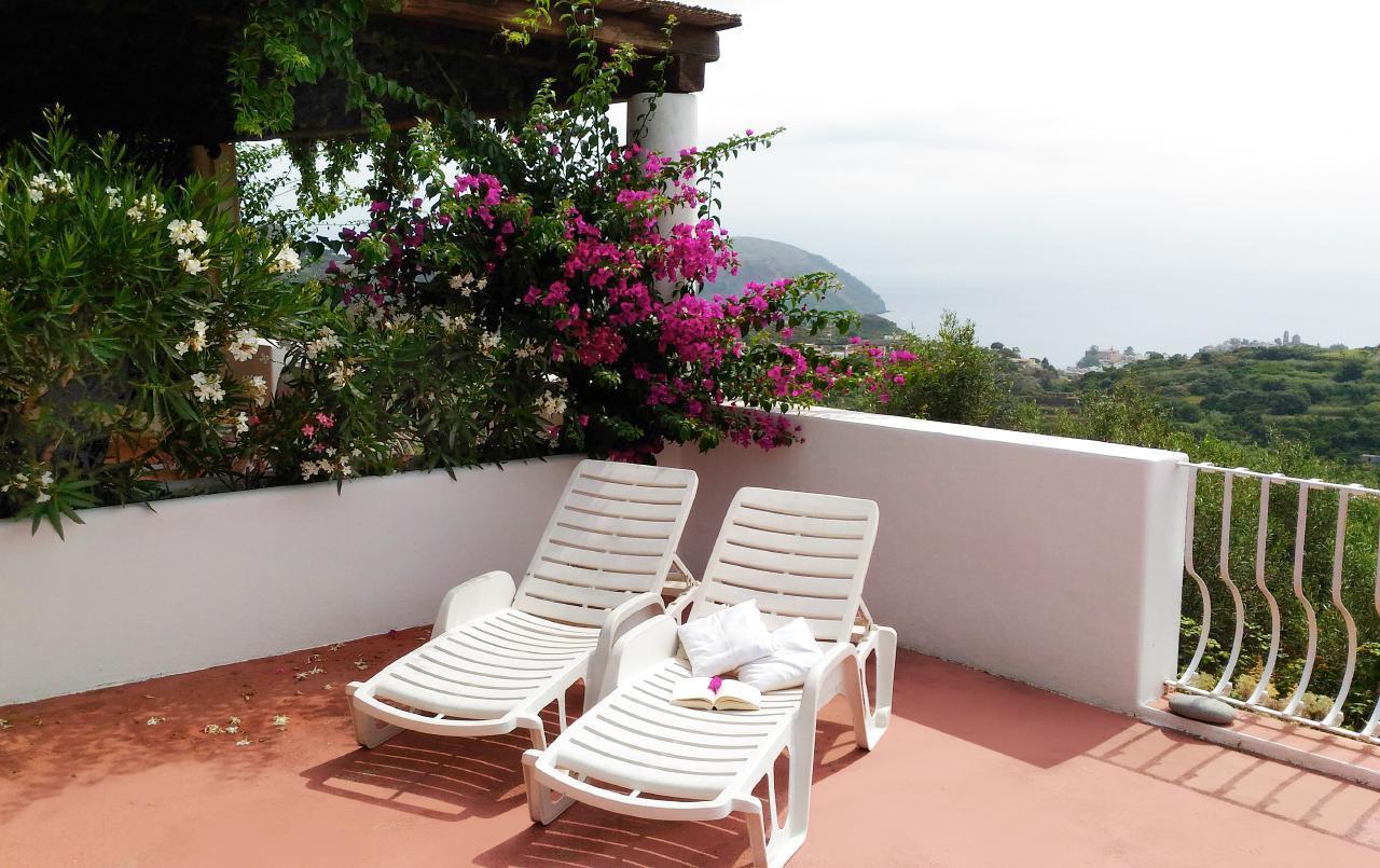Maison de vacances Ferienhaushälfte Oleandro auf sizilianischer Insel mit atemberaubenden Meeres-Rundblick (2045159), Lipari, Lipari, Sicile, Italie, image 7