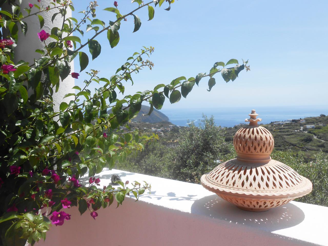 Maison de vacances Ferienhaushälfte Oleandro auf sizilianischer Insel mit atemberaubenden Meeres-Rundblick (2045159), Lipari, Lipari, Sicile, Italie, image 5