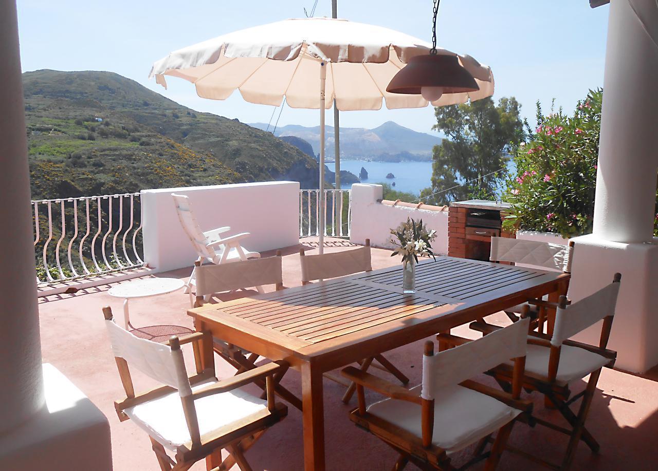 Maison de vacances Ferienhaushälfte Oleandro auf sizilianischer Insel mit atemberaubenden Meeres-Rundblick (2045159), Lipari, Lipari, Sicile, Italie, image 13