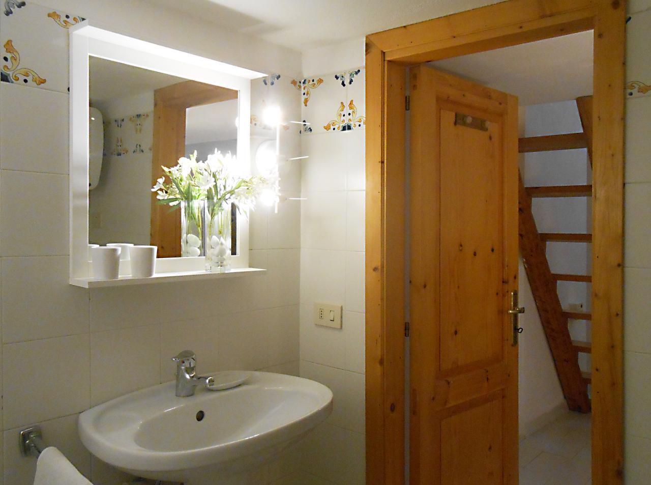 Maison de vacances Ferienhaushälfte Oleandro auf sizilianischer Insel mit atemberaubenden Meeres-Rundblick (2045159), Lipari, Lipari, Sicile, Italie, image 34