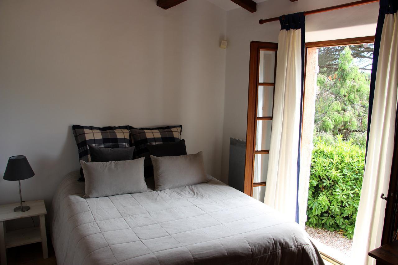 Ferienhaus Charmante Villa mit Pool und drei Schlafzimmern auf Golfplatz in Strandnähe (2060653), Saint Raphaël, Côte d'Azur, Provence - Alpen - Côte d'Azur, Frankreich, Bild 24