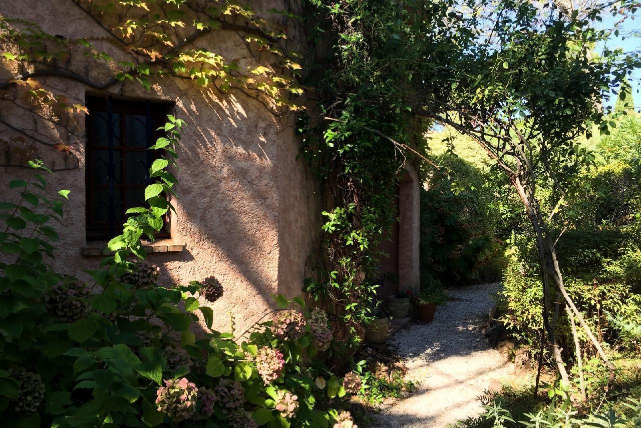 Ferienhaus Charmante Villa mit Pool und drei Schlafzimmern auf Golfplatz in Strandnähe (2060653), Saint Raphaël, Côte d'Azur, Provence - Alpen - Côte d'Azur, Frankreich, Bild 29