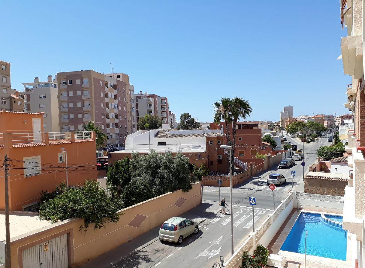 Ferienwohnung mit Parkplatz und Pool (2068497), Torrevieja, Costa Blanca, Valencia, Spanien, Bild 1