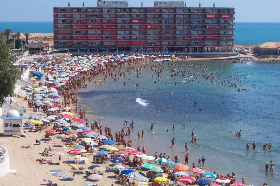 Ferienwohnung Erste Küstenlinie.Ausgezeichnet ausgestattendes und klimatisiertes Apartment am Strand Los (2072773), Torrevieja, Costa Blanca, Valencia, Spanien, Bild 1