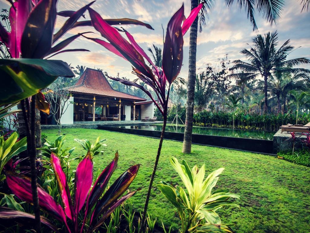 Traumvilla mit Garten, Pool und Terrasse, Fahrrad- Ferienhaus in Asien und Naher Osten
