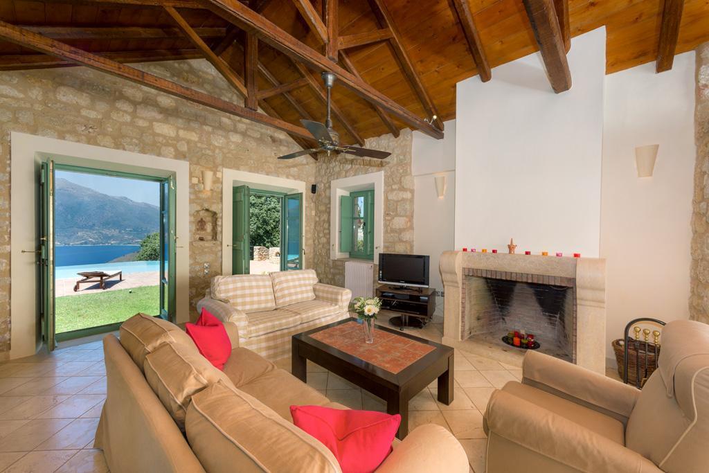Ferienhaus Geräumiges Steinhaus mit Infinity-Pool & atemberaubender Aussicht (2185488), Githio, , Peloponnes, Griechenland, Bild 11