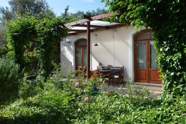 Holiday apartment Mein Paradies - Das Luxus-Apartment (2273005), Vafeios, Lesbos, Aegean Islands, Greece, picture 1