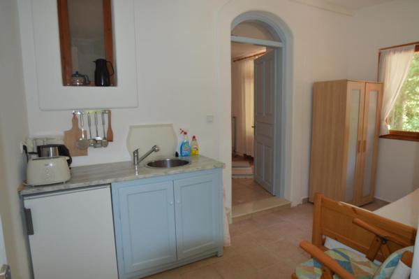 Holiday apartment Mein Paradies - Das Morgen-Apartment (2275418), Vafeios, Lesbos, Aegean Islands, Greece, picture 3